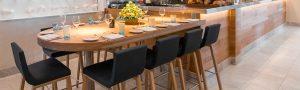 Taburete_diseño_moderno_madera_restaurante_Dinof